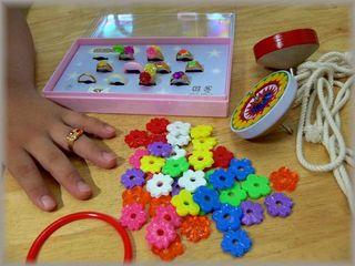 玩具の指輪2